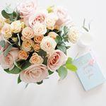 Se faire plaisir avec ce joli bouquet @bergamotte_paris et réfléchir aux projets de demain ... 2016 sera une belle année  !