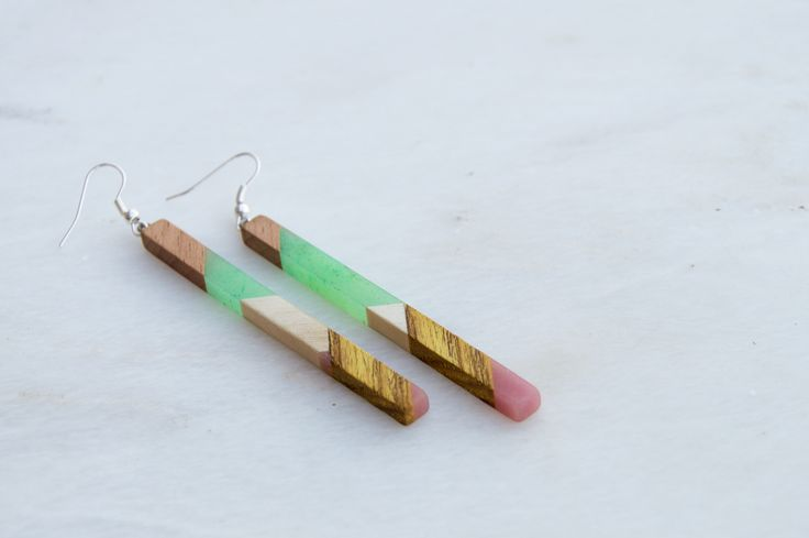Handmade earings made of different woods and resin by giodim