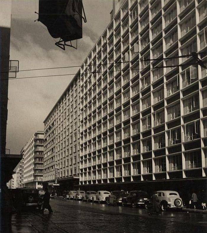 Vista de la calle Mac Iver de Santiago en 1958