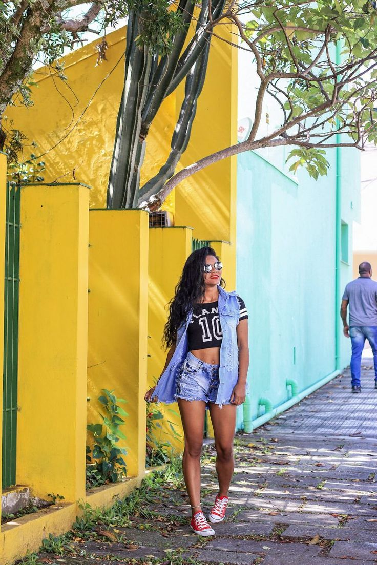 Colete Jeans e Short 2019 - Estilo Próprio by Sir Colete Jeans e Short | look Estilo Proprio By Sir @sicaramos | Fashion, Shirt dress, Girl fashion