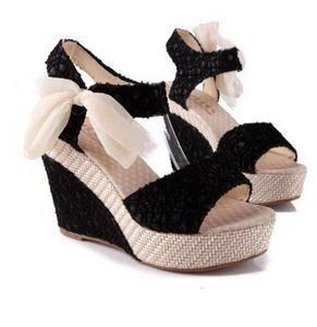 Mode Femmes Sandales Cales D'été Femmes Sandales Plate-Forme de Dentelle Ceinture Arc Flip Flops bout ouvert à talons hauts Femmes chaussures Femme
