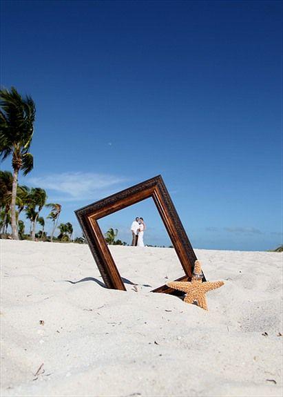 Great idea for photo opp on the beach!
