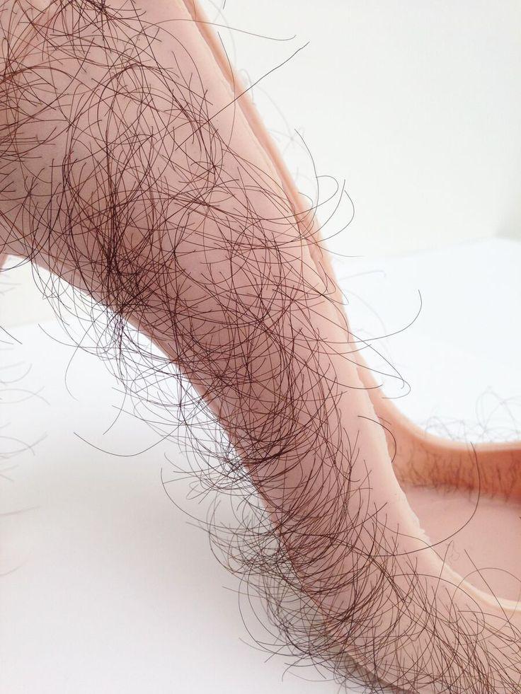 Tentoonstelling HAAR! - Centraal Museum Utrecht - Zhu Tian 'Babe' 2013 Rubber, human hair, pigment, courtesy of the artist (4)