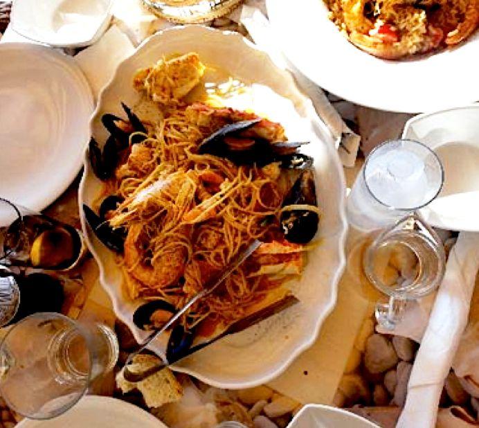 Kounelas Fish Tavern,  Mikonos
