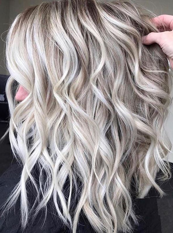 Updated Blonde Shades With Highlights You Must Try In 2020 Absurd Styles Silver Blonde Hair Medium Hair Styles Medium Length Hair Styles