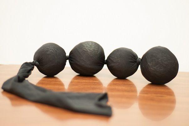 Maak zelf drogerballen van wol, ze maken je was superzacht en geven een heerlijke geur af.
