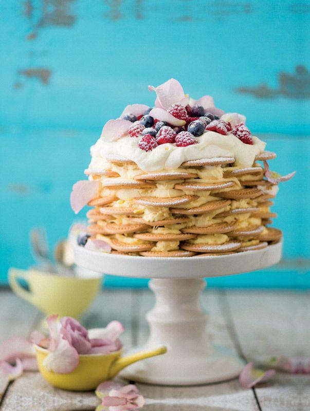 Creamy biscuit layered fridge cake