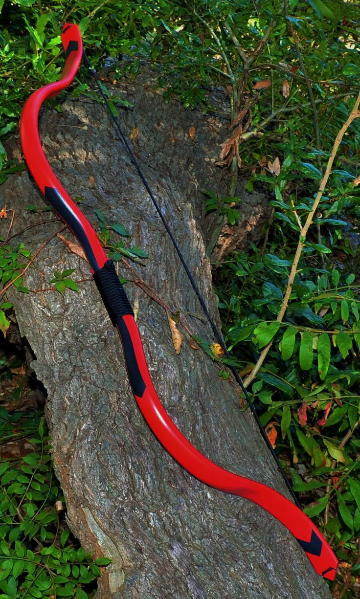Red Arrow Recurve Bow (Arsenal / Speedy) by CastleWallCreations on Etsy www.etsy.com/... Get Recurve Bows at https://www.etsy.com/shop/ArcherySky