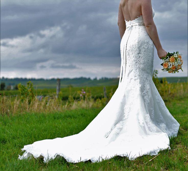 Tolle Gebrauchte Hochzeitskleider Bilder - Brautkleider Ideen ...