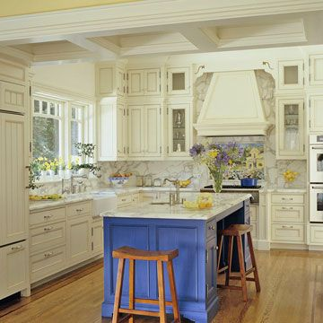 Timeless Traditional Kitchens