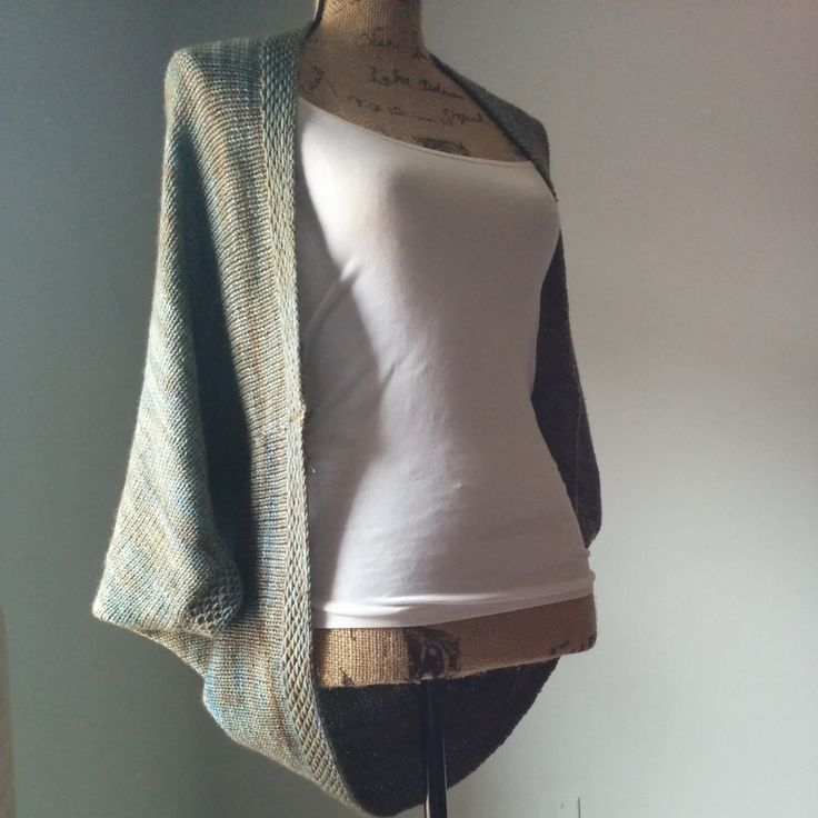 simple knit shrug, free pattern at Purl Avenue