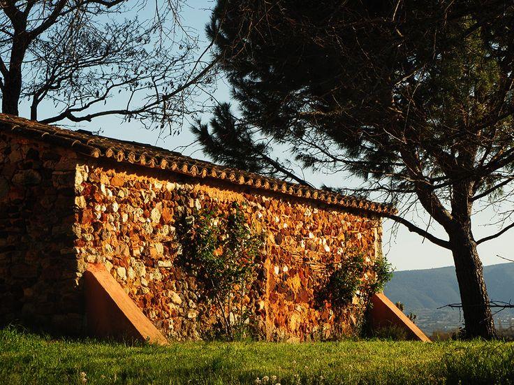 Cabanon - Ocre - Ocher #Luberon #provence