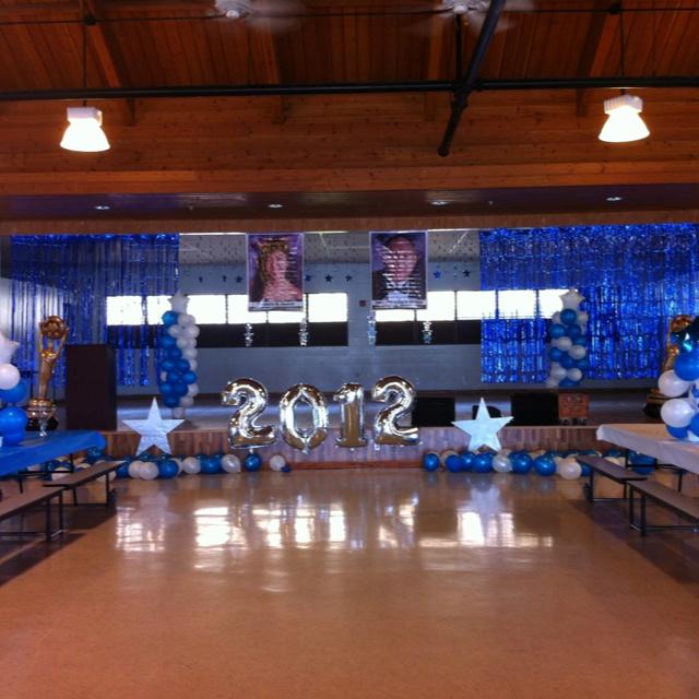 Stage decor graduation stage pinterest decor for 8th grade graduation decoration ideas