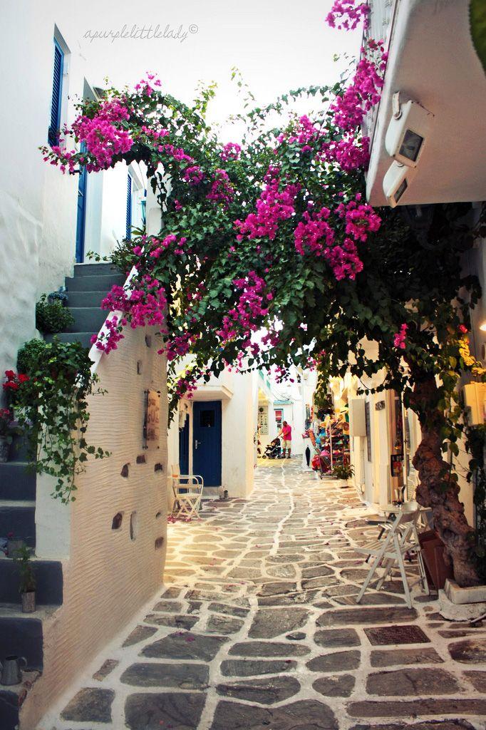 Pretty Naoussa, Paros, Greece