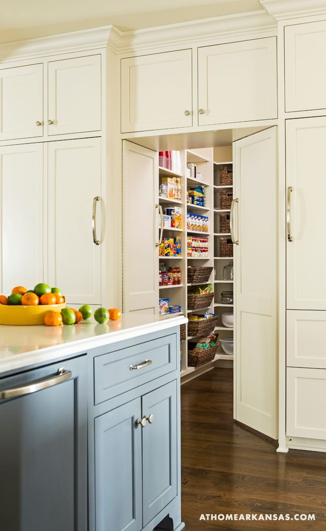 Best 25 hidden pantry ideas on pinterest hidden rooms for Kitchen floor plans with island and walk in pantry