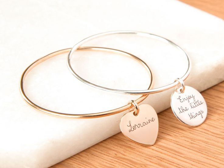Add a little elegance to an outfit with this personalised bangle.  Capture a feeling with the wording that you would like us to engrave on our lovely charms, and make it particularly unique to her. ...