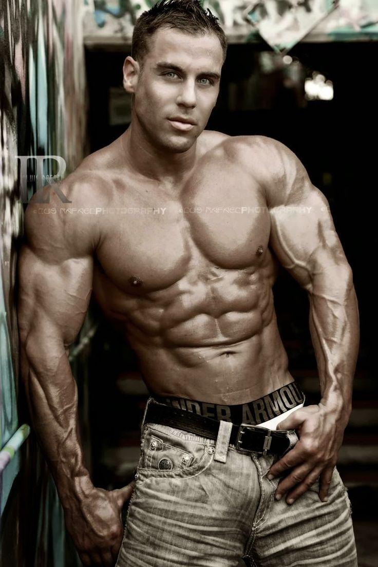 Épinglé par Alpha Male sur Muscle Hunks 3 (avec images