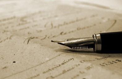 """""""Mucha gente pequeña, en lugares pequeños, haciendo cosas pequeñas, puede cambiar el mundo"""". Eduardo Galeano: Célebres Sobre, Reading, 50 Frases, Frases Sobr, Quotations, Cincuenta Frases, Célebr Sobr, The Books, Las Lectura"""