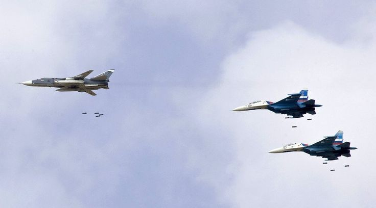 Noticia Final: Jatos russos eliminam uma reunião do ISIL no oeste...