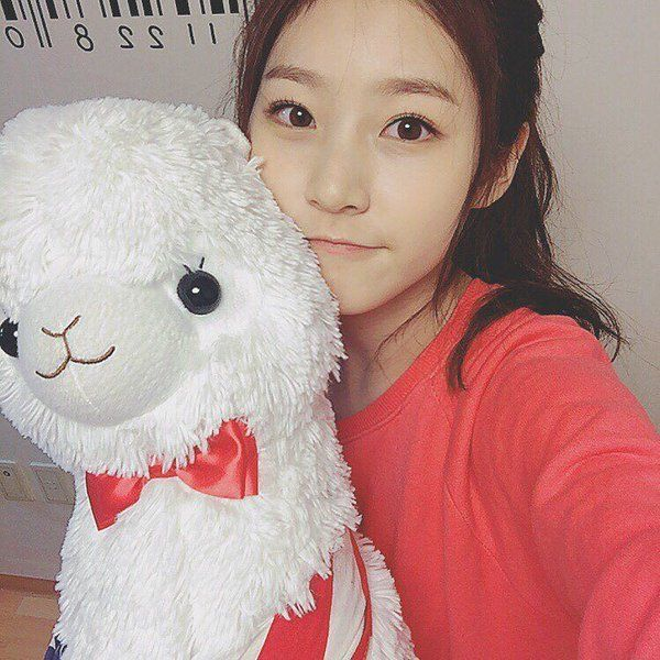 "Kim SaeRon Instagram on Twitter: ""[Saeronstagram] ㅇㅅㅇ by ..."