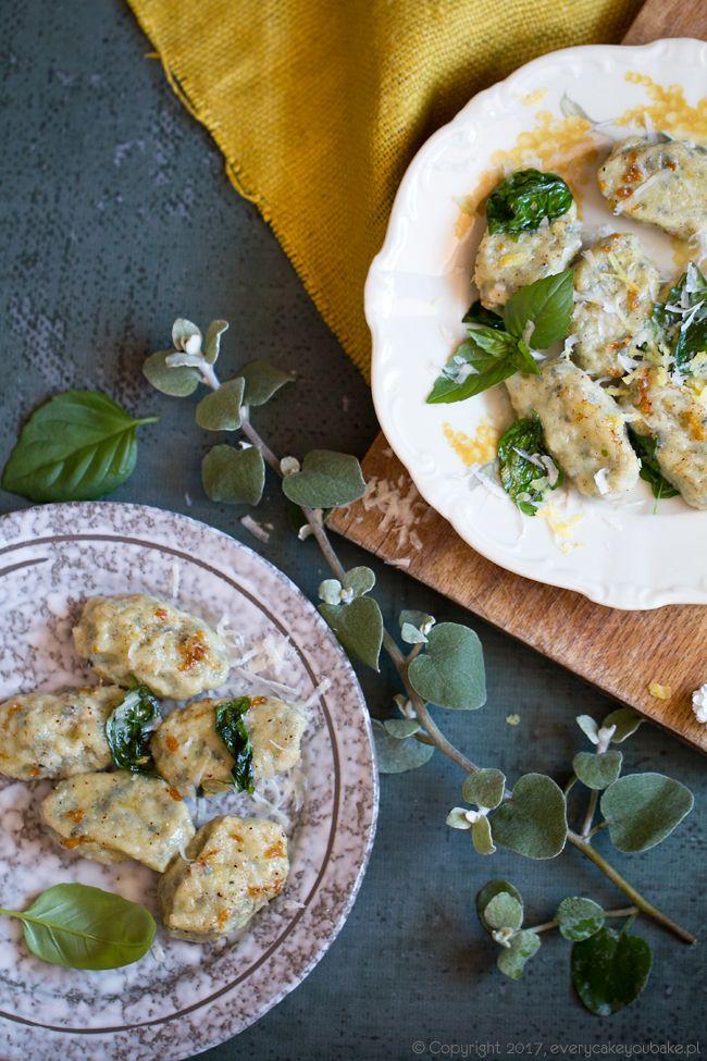 Włoskie kluseczki bazyliowe, basil gnudi #bazylia #kluski #gnudi #basil