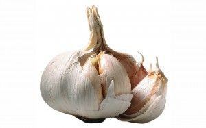 Like onion, garlic is effective in the fight against cataract.  Read more: http://dietandi.com/wonder-herbs-can-cure-cataract/#ixzz2s9AW1nns