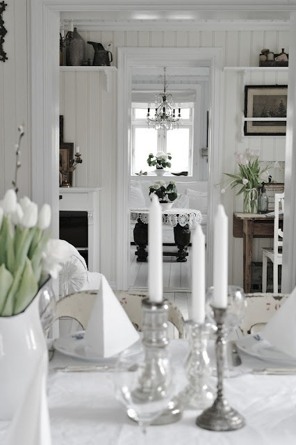 Shabby chic- WhiteCharme