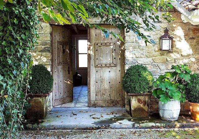 Porte per giardino interno di casa for Casette legno romania