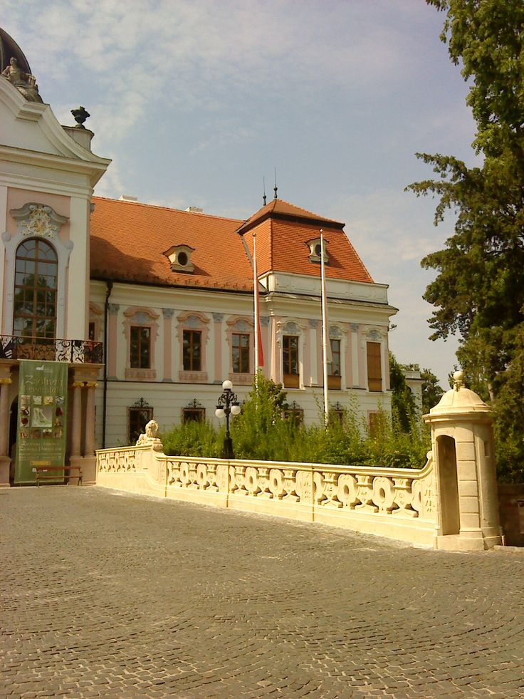 Royal Palace - Gödöllő (right side)