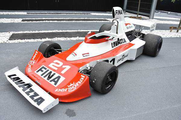 Debuted at the 1975 Spanish Grand Prix, the FW04 was the second ever model created by the fledgling Frank Williams Racing Cars Team. For 1975, the team would use a combination of Arturo Merzario, Jacques Lafitte, Ian Scheckter and Lella Lombardi for driving duties. A very limited budget (even resorting to buying second hand tyres at some Grand Prix) didn't hold the plucky team back though - the talented Lafitte even managing to bring the first FW04 home in second place at the 1975 German…