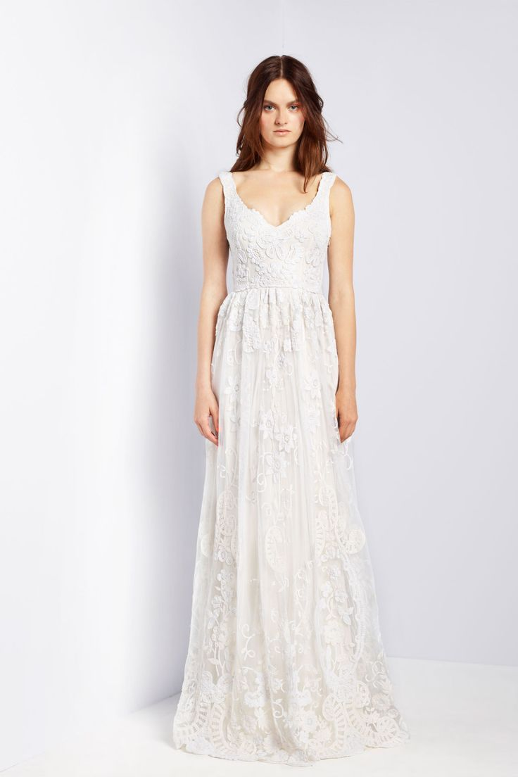 Collette Dinnigan // French Lace & Cotton Embroidery Sleeveless Gown