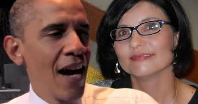 """According to a new biography former US president Barack Obama proposed to a woman he dated in the 80's whorejectedhis proposal twice beforehe met and married his wife Michelle Obama. The woman is said to beSheila Miyoshi Jager who is of Dutch and Japanese descent. The author of the new book """"Rising Star: The Making of Barack Obama"""" David Garrow says Obama met Jager in the mid-'80s when he was doing community organizing in Chicago. Garrow said that when he interviewed Jager she told him that…"""