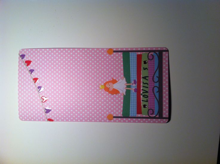 Grattiskort med prinsessan på ärten :) Vimpeln har fått glossy accent. Bokstäverna är små klistermärken.