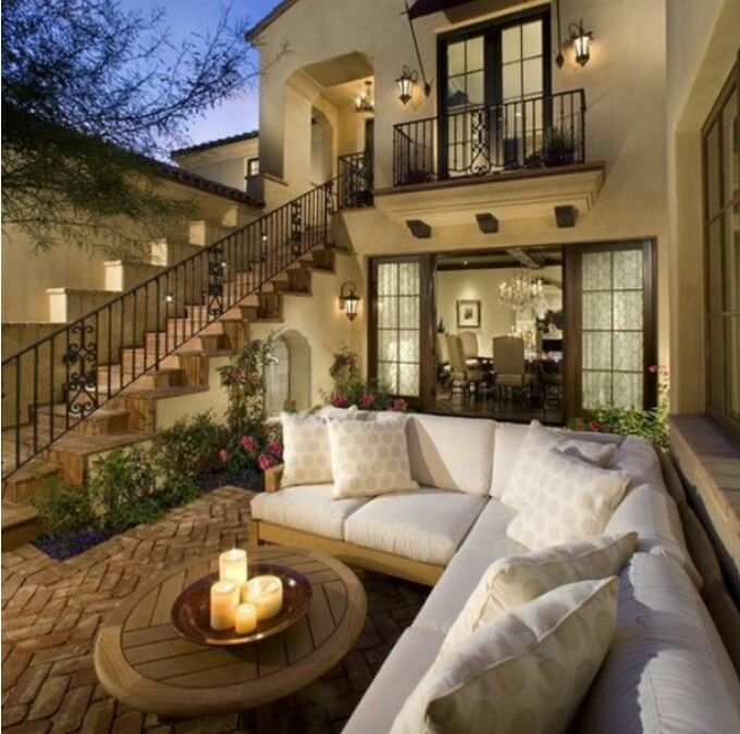 Grand backyard with couch