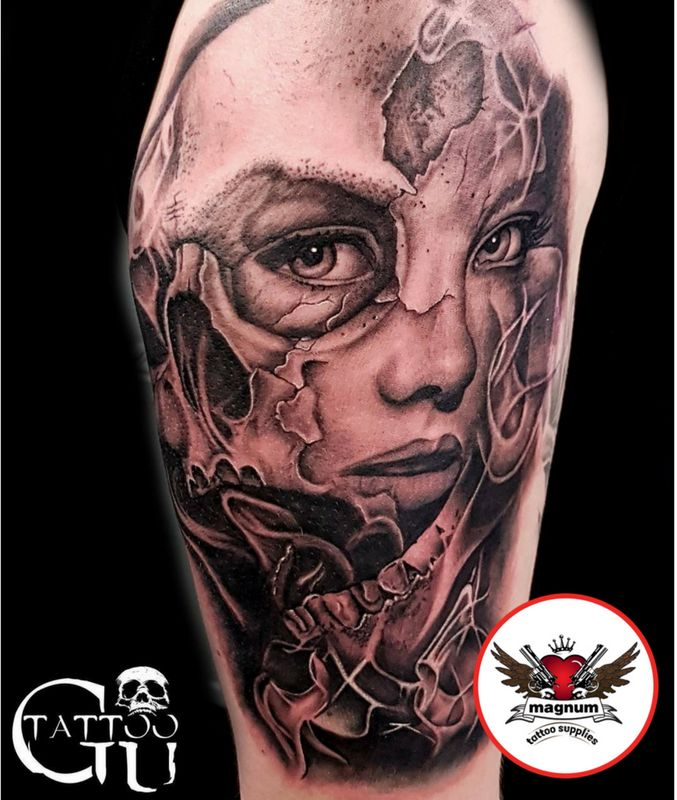 Brilliant custom shoulder piece created with #magnumtattoosupplies 💪 💪  by Tattoos by Gavin Underhill
