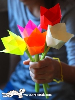 tutorials for all kinds of spring flowers to make from paper crafts-for-kids