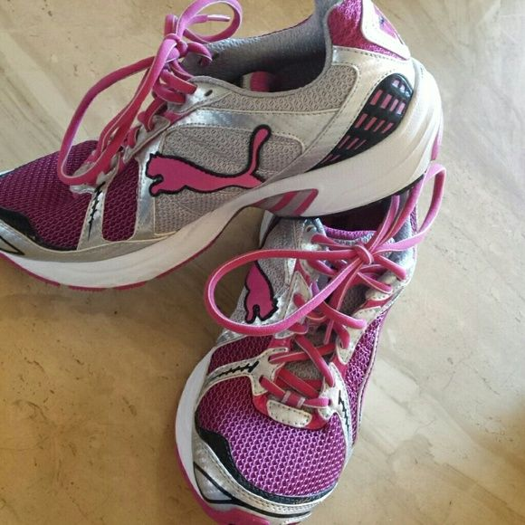 I just added this to my closet on Poshmark: Puma EXSIS Womens fitness. New!. Price: $35 Size: 8