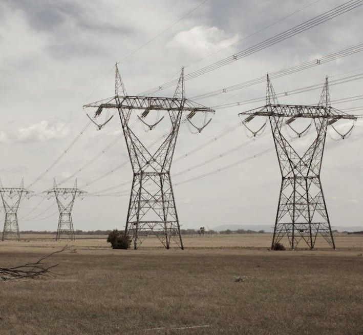 How To Save Energy In Australia? 4000 South Australians Switch Electricity Suppliers - http://www.australianetworknews.com/save-energy-australia-4000-south-australians-switch-electricity-suppliers/