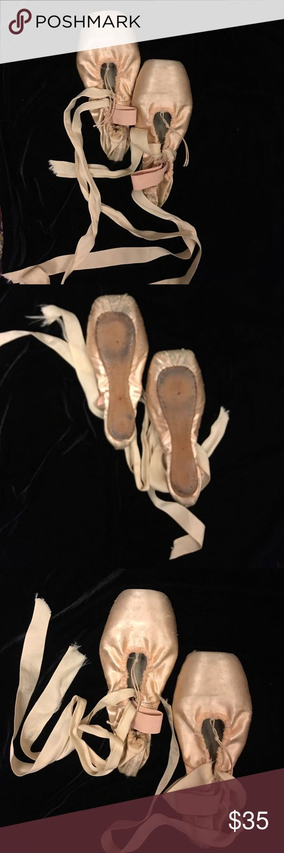 Authentic Ballerina slippers well loved young girl Authentic BALLERINA slippers for a young girl... WELL LOVED Light pink ... fits young girl 12 years up to 18 L.A.M.B. Costumes Dance