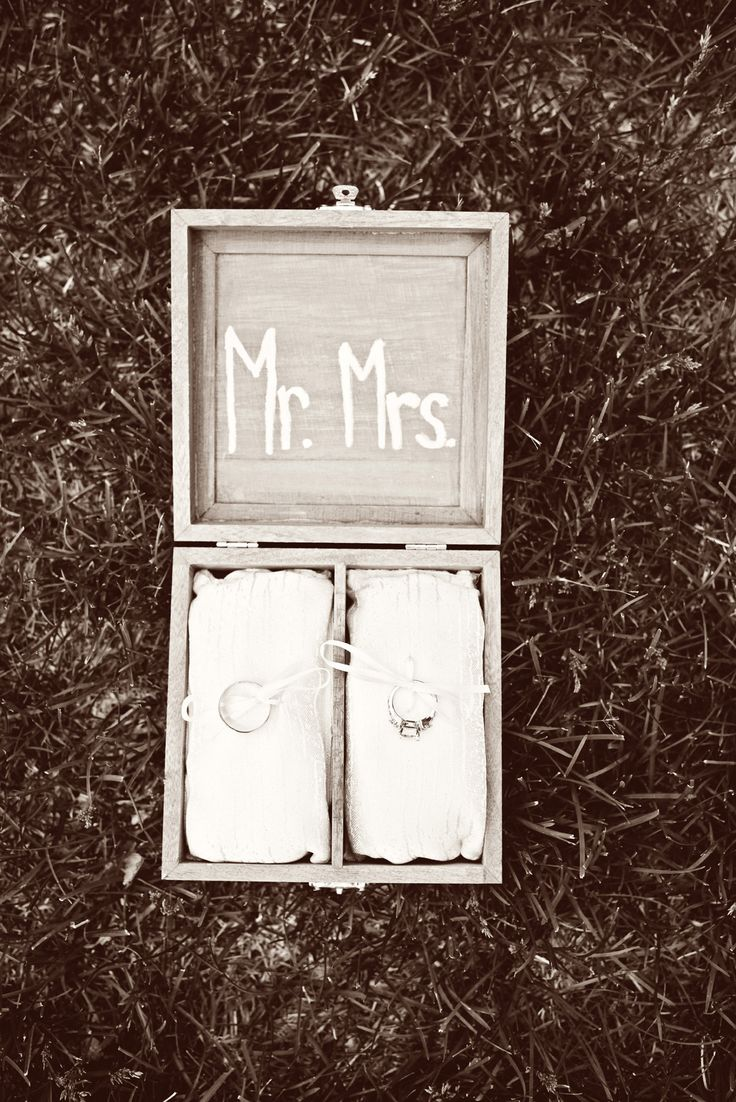 Photo by Ashley Y. #MinneapolisWeddingPhotographers #WeddingRings #WeddingIdeas