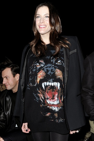 Loving the Givenchy Rottweiler shirt. Towering stilettos, leather pants and a Le Beiruti would make a great outfit.