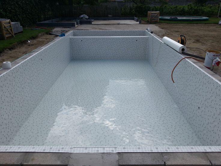 Zwembad met elbe mosaic grijs zwembaden jr pools pinterest moza eken en met - Zwembad betegeld grijs ...