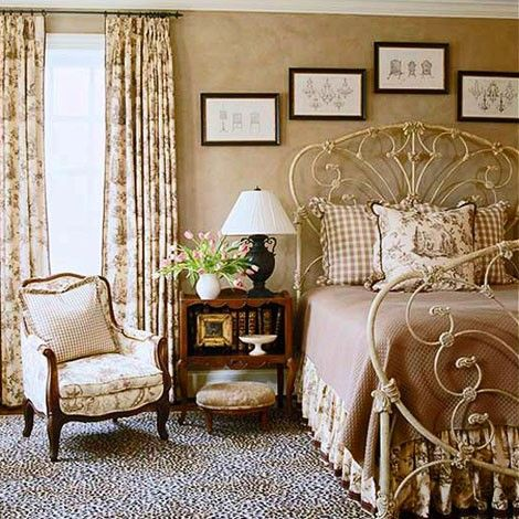 Best 25 antique iron beds ideas on pinterest antique for Brown and cream bedroom ideas