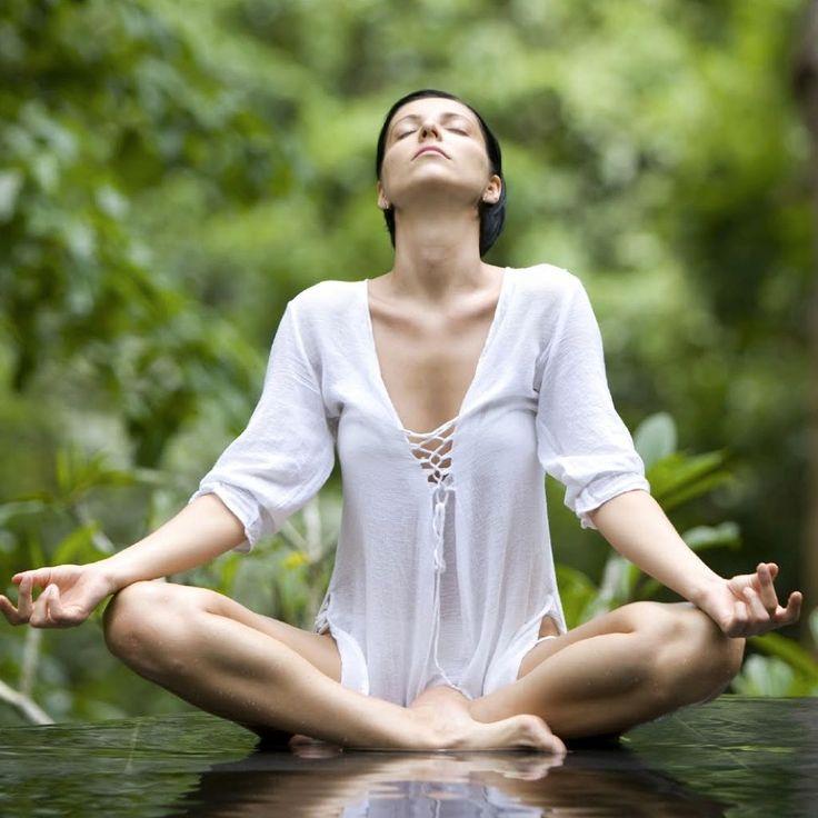 ¡La Paz sea contigo!  Hoy vamos a realizar una meditación guiada para tomar consciencia de los Chakras.  Con esta meditación entrarás en contacto con cada uno de tus chakras tomando consciencia de su utilidad para de ese modo localizar y disipar los bloqueos de energía que puedan tener.  http://reikinuevo.com/meditacion-tomar-consciencia-chakras/  Realizaremos la meditación a las 19:00 hs de España.  En el apartado Hora oficial de nuestro sitio web http://www.reikinuevo.com puedes encontrar…