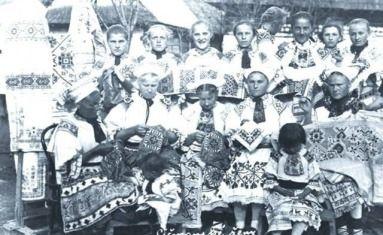 Čičmianske ženy pri práci v roku 1934