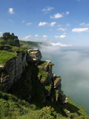 Valley of the Rocks Walk, South West Coast Path Holidays, Luggage Transfers Devon
