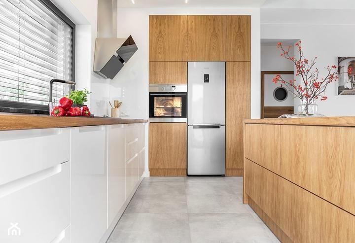 Kuchyna Inspiracie Na Kuchynu Interier Zariadenie Inzerieru Kitchen Kitchen Design Interior Design Kitchen Cabinets Scandinavian Home Home Decor