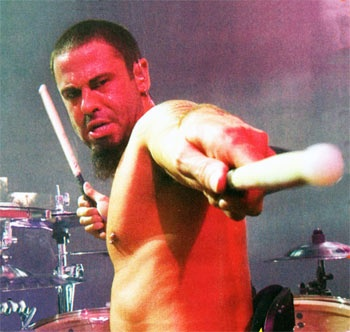 David Silveria (Korn) never stated why he left korn