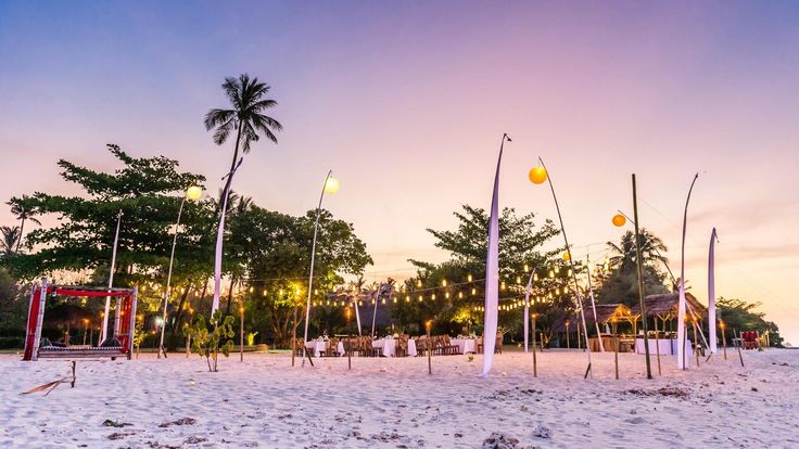 Wedding at Tugu Hotel Lombok, Sire Beach