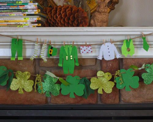 Bring a little leprechaun mischief into your home for St. Patrick's day! This felt garland will be sure to delight kids and adults alike!